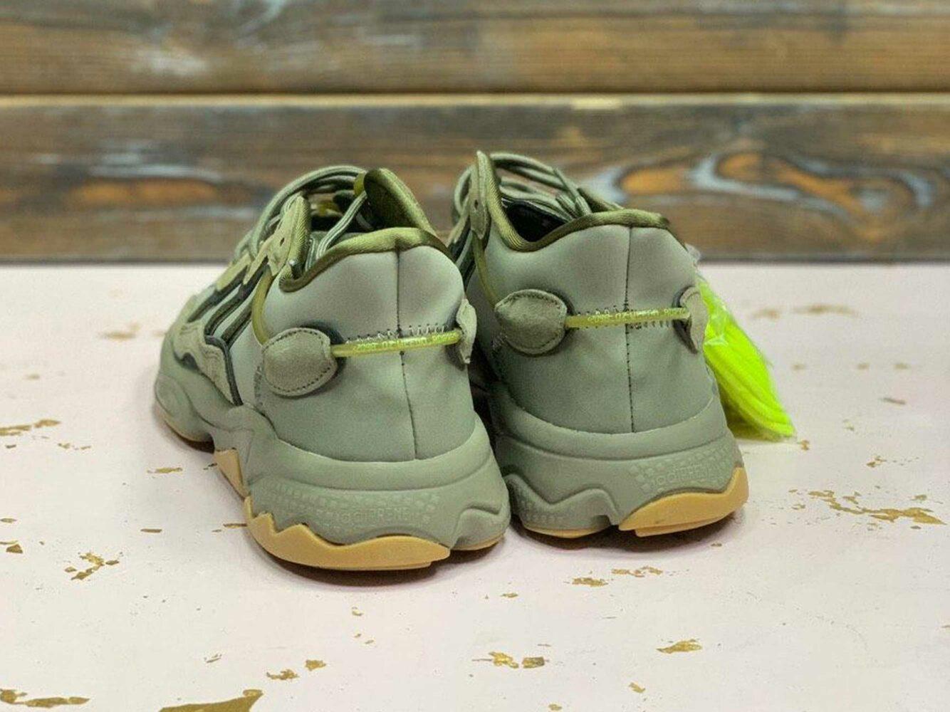 adidas ozweego trace cargo night khaki EE6461 купить