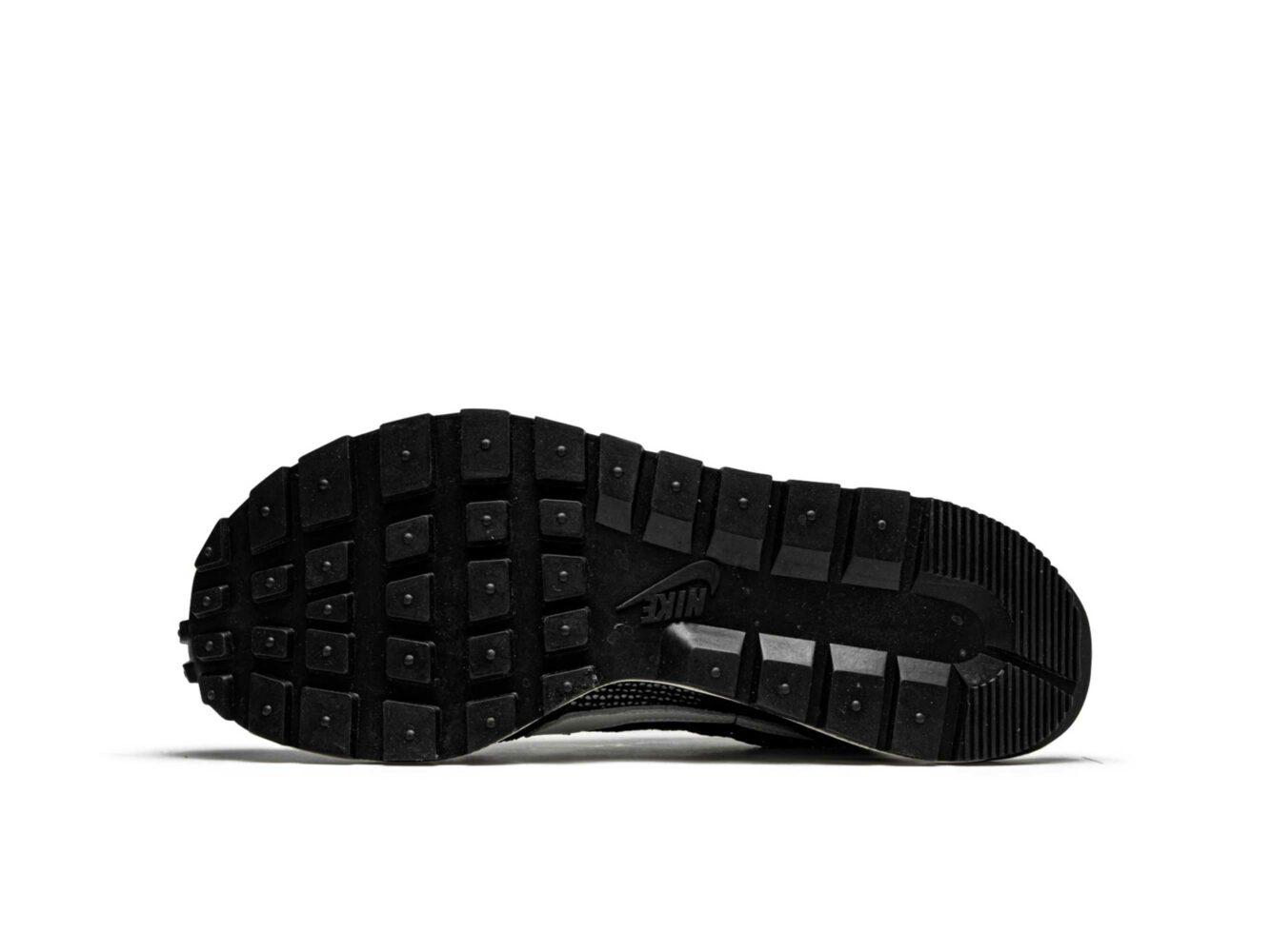 nike x sacai vaporwaffle black white CV1363_001 купить